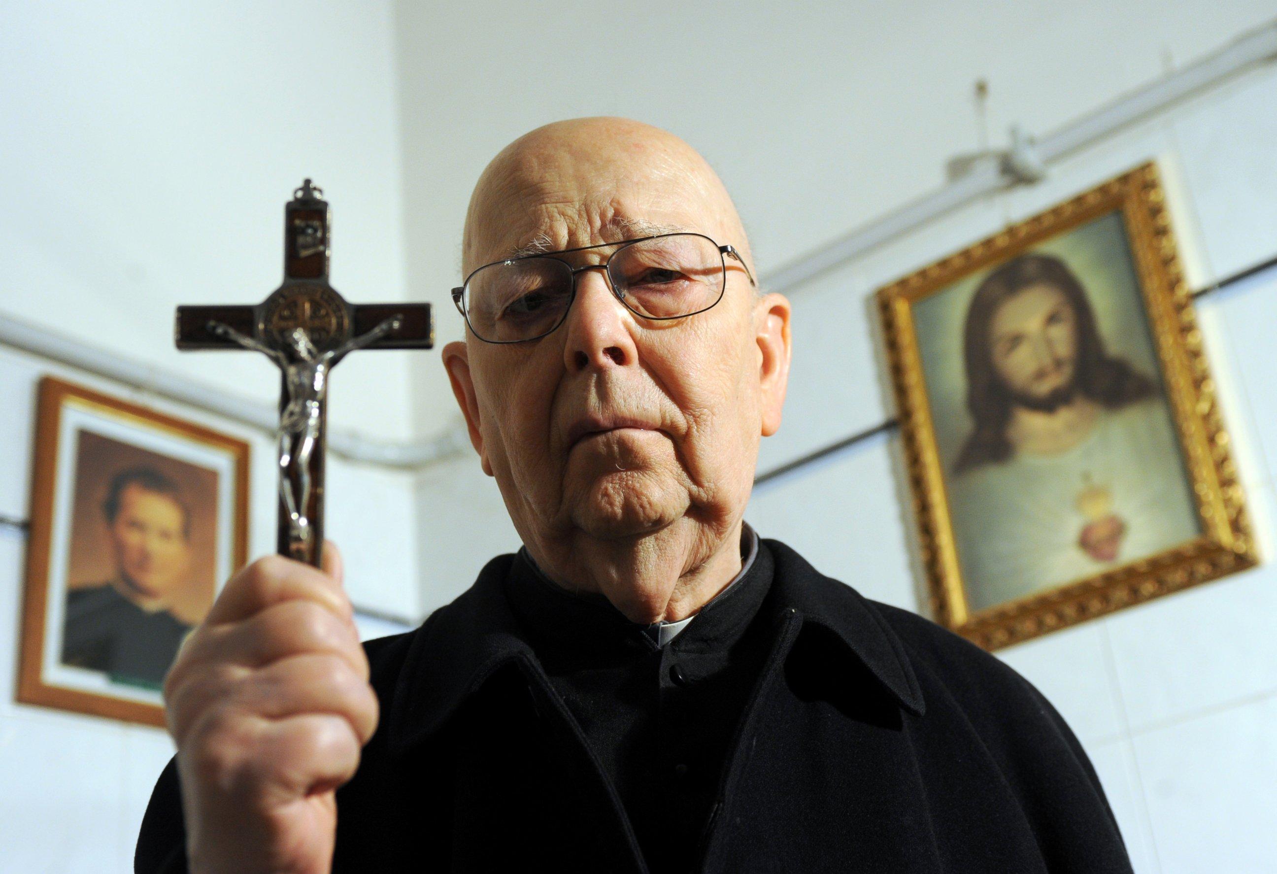 Maior exorcista do mundo explica o plano de Deus contra Satanás em Medjugorje