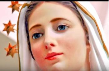 """""""Nossa Senhora me abraçou em Medjugorje e minha vida mudou completamente !!!"""""""