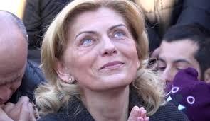 """Por que a cada dia 2 do mês a """"Gospa"""" aparece para a vidente Mirjana?"""